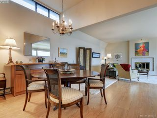 Photo 12: 302 1211 Beach Drive in VICTORIA: OB South Oak Bay Condo Apartment for sale (Oak Bay)  : MLS®# 419348