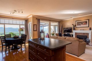 """Photo 15: 6 2842 WHATCOM Road in Abbotsford: Abbotsford East Townhouse for sale in """"Forest Ridge"""" : MLS®# R2480904"""