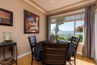 """Photo 10: 6 2842 WHATCOM Road in Abbotsford: Abbotsford East Townhouse for sale in """"Forest Ridge"""" : MLS®# R2480904"""
