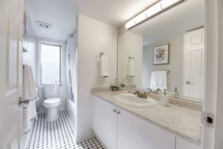 "Photo 18: 301 2211 WALL Street in Vancouver: Hastings Condo for sale in ""PACIFIC LANDING"" (Vancouver East)  : MLS®# R2508571"