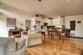 Photo 6: 1920 HANBURY Road: Roberts Creek House for sale (Sunshine Coast)  : MLS®# R2517180