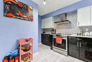 Photo 11: 107 3061 N E KENT Avenue in Vancouver: South Marine Condo for sale (Vancouver East)  : MLS®# R2526934
