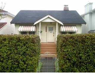 Photo 2: 2831 E 23RD AV in Vancouver: Renfrew Heights House for sale (Vancouver East)  : MLS®# V566348