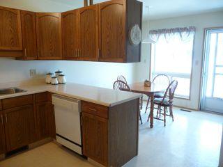 Photo 8: 33 9704 165 Street NW in Edmonton: Zone 22 House Half Duplex for sale : MLS®# E4168475
