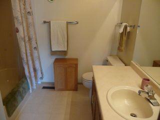 Photo 11: 33 9704 165 Street NW in Edmonton: Zone 22 House Half Duplex for sale : MLS®# E4168475
