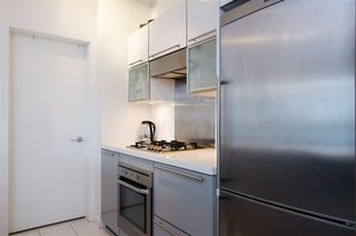 "Photo 9: 404 1252 HORNBY Street in Vancouver: Downtown VW Condo for sale in ""PURE"" (Vancouver West)  : MLS®# R2404527"