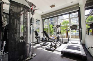"Photo 18: 404 1252 HORNBY Street in Vancouver: Downtown VW Condo for sale in ""PURE"" (Vancouver West)  : MLS®# R2404527"