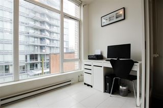 "Photo 11: 404 1252 HORNBY Street in Vancouver: Downtown VW Condo for sale in ""PURE"" (Vancouver West)  : MLS®# R2404527"