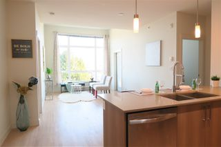 """Photo 6: 426 7088 14TH Avenue in Burnaby: Edmonds BE Condo for sale in """"Red Brick"""" (Burnaby East)  : MLS®# R2411735"""