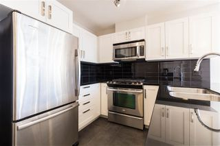 """Photo 5: 2607 2133 DOUGLAS Road in Burnaby: Brentwood Park Condo for sale in """"PERSPECTIVES"""" (Burnaby North)  : MLS®# R2435899"""