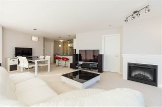 """Photo 10: 2607 2133 DOUGLAS Road in Burnaby: Brentwood Park Condo for sale in """"PERSPECTIVES"""" (Burnaby North)  : MLS®# R2435899"""