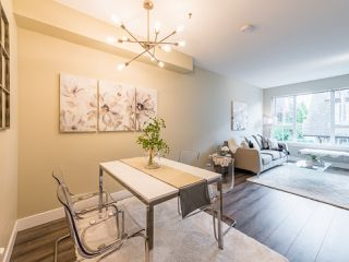 "Photo 2: 263 2501 161A Street in Surrey: Grandview Surrey Townhouse for sale in ""Highland Park"" (South Surrey White Rock)  : MLS®# R2467326"