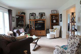 Photo 5: 5813 Centennial Drive: Elk Point House for sale : MLS®# E4204090