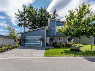 Main Photo: 11 325 Niluht Rd in CAMPBELL RIVER: CR Campbell River Central Row/Townhouse for sale (Campbell River)  : MLS®# 845195