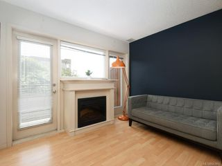 Photo 3: 203 919 MARKET St in Victoria: Vi Hillside Condo for sale : MLS®# 843802