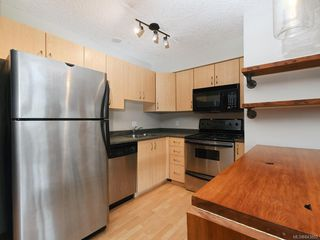 Photo 9: 203 919 MARKET St in Victoria: Vi Hillside Condo for sale : MLS®# 843802