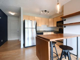 Photo 6: 203 919 MARKET St in Victoria: Vi Hillside Condo for sale : MLS®# 843802