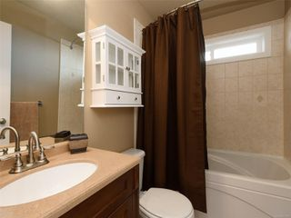 Photo 12: 900 Cavalcade Terr in : La Florence Lake House for sale (Langford)  : MLS®# 857526