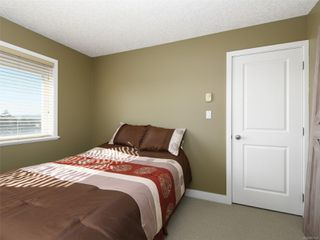 Photo 11: 900 Cavalcade Terr in : La Florence Lake House for sale (Langford)  : MLS®# 857526