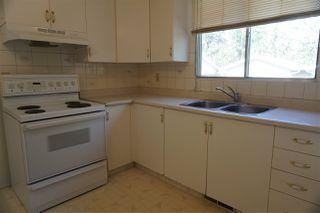 Photo 5: 10419 150 Street in Edmonton: Zone 21 House Half Duplex for sale : MLS®# E4168260