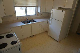Photo 3: 10419 150 Street in Edmonton: Zone 21 House Half Duplex for sale : MLS®# E4168260