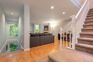 """Photo 11: 39 3228 RALEIGH Street in Port Coquitlam: Central Pt Coquitlam Townhouse for sale in """"MAPLE CREEK"""" : MLS®# R2405614"""