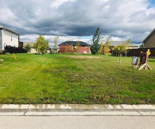 Main Photo: 119 Carleton Drive in Steinbach: Residential for sale (R16)  : MLS®# 1927525