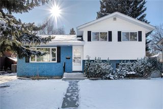 Main Photo: 5236 VICEROY Drive NW in Calgary: Varsity Detached for sale : MLS®# C4275163