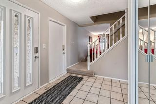 Photo 5: 63 WOODBROOK WY SW in Calgary: Woodbine House for sale : MLS®# C4255463