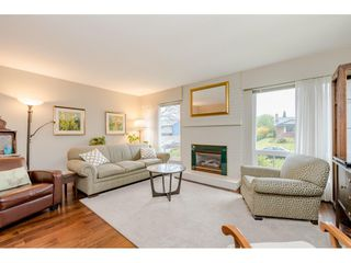Photo 3: 15287 21A Avenue in Surrey: King George Corridor House for sale (South Surrey White Rock)  : MLS®# R2436274