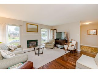 Photo 4: 15287 21A Avenue in Surrey: King George Corridor House for sale (South Surrey White Rock)  : MLS®# R2436274