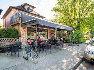 Photo 17: 683 GLEN Drive in Vancouver: Strathcona Townhouse for sale (Vancouver East)  : MLS®# R2443322