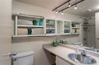 """Photo 14: 403 22 E CORDOVA Street in Vancouver: Downtown VE Condo for sale in """"VAN HORNE"""" (Vancouver East)  : MLS®# R2445831"""