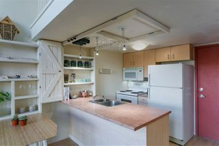 """Photo 4: 403 22 E CORDOVA Street in Vancouver: Downtown VE Condo for sale in """"VAN HORNE"""" (Vancouver East)  : MLS®# R2445831"""