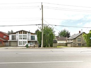 Photo 3: 2 10040 NO. 2 Road in Richmond: Woodwards House for sale : MLS®# R2451111
