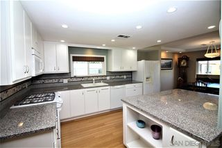 Photo 5: CARLSBAD WEST Mobile Home for sale : 3 bedrooms : 7233 Santa Barbara #304 in Carlsbad