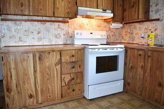 Photo 9: 33 1123 FLUME Road: Roberts Creek Manufactured Home for sale (Sunshine Coast)  : MLS®# R2462027