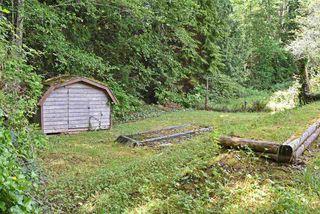 Photo 25: 33 1123 FLUME Road: Roberts Creek Manufactured Home for sale (Sunshine Coast)  : MLS®# R2462027