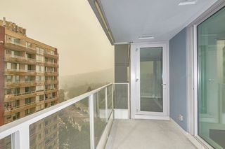 """Photo 5: 1709 520 COMO LAKE Avenue in Coquitlam: Coquitlam West Condo for sale in """"The Crown"""" : MLS®# R2497727"""