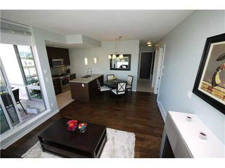 Photo 2:  in Vancouver: Kitsilano Condo for rent (Vancouver West)  : MLS®# AR136