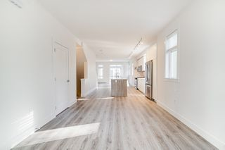 """Photo 7:  in Surrey: Fleetwood Tynehead Townhouse for sale in """"CANOPY LIVING"""" : MLS®# R2513628"""