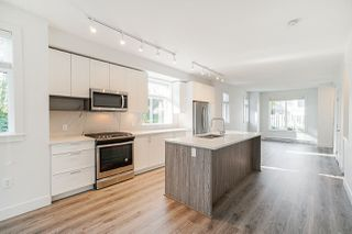 """Photo 14:  in Surrey: Fleetwood Tynehead Townhouse for sale in """"CANOPY LIVING"""" : MLS®# R2513628"""