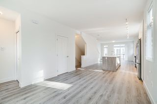 """Photo 8:  in Surrey: Fleetwood Tynehead Townhouse for sale in """"CANOPY LIVING"""" : MLS®# R2513628"""