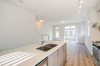 """Photo 16:  in Surrey: Fleetwood Tynehead Townhouse for sale in """"CANOPY LIVING"""" : MLS®# R2513628"""