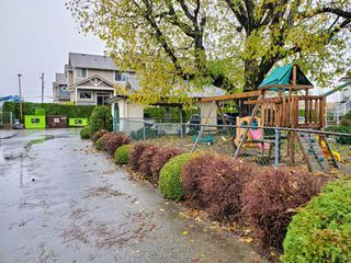 """Photo 37: 16 45640 STOREY Avenue in Sardis: Sardis West Vedder Rd Townhouse for sale in """"Whispering Pines"""" : MLS®# R2518269"""