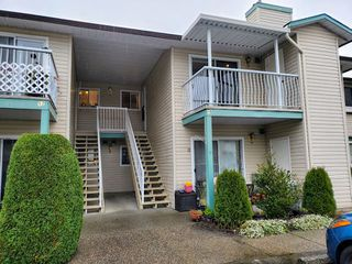 "Photo 3: 16 45640 STOREY Avenue in Sardis: Sardis West Vedder Rd Townhouse for sale in ""Whispering Pines"" : MLS®# R2518269"