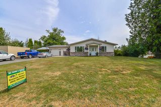 Photo 1: 2488 COTTONWOOD Street in Abbotsford: Aberdeen House for sale : MLS®# R2388210