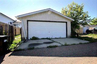 Photo 3: 155 KINISKI Crescent in Edmonton: Zone 29 House for sale : MLS®# E4165889