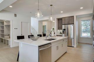 Photo 4: 9339 91 Street in Edmonton: Zone 18 House for sale : MLS®# E4167902
