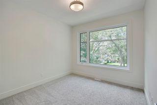 Photo 16: 9339 91 Street in Edmonton: Zone 18 House for sale : MLS®# E4167902